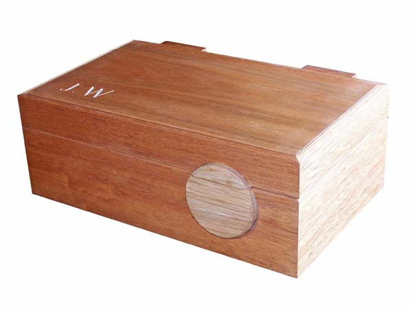 Handcrafted wooden jewellery box with solid wood lid